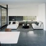 H-House, living room