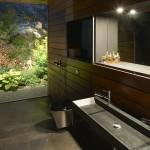 Rock House, bathroom